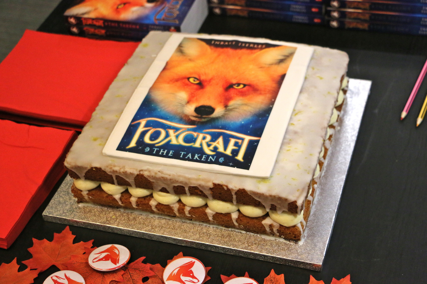 The glorious (and delicious) Foxcraft cake